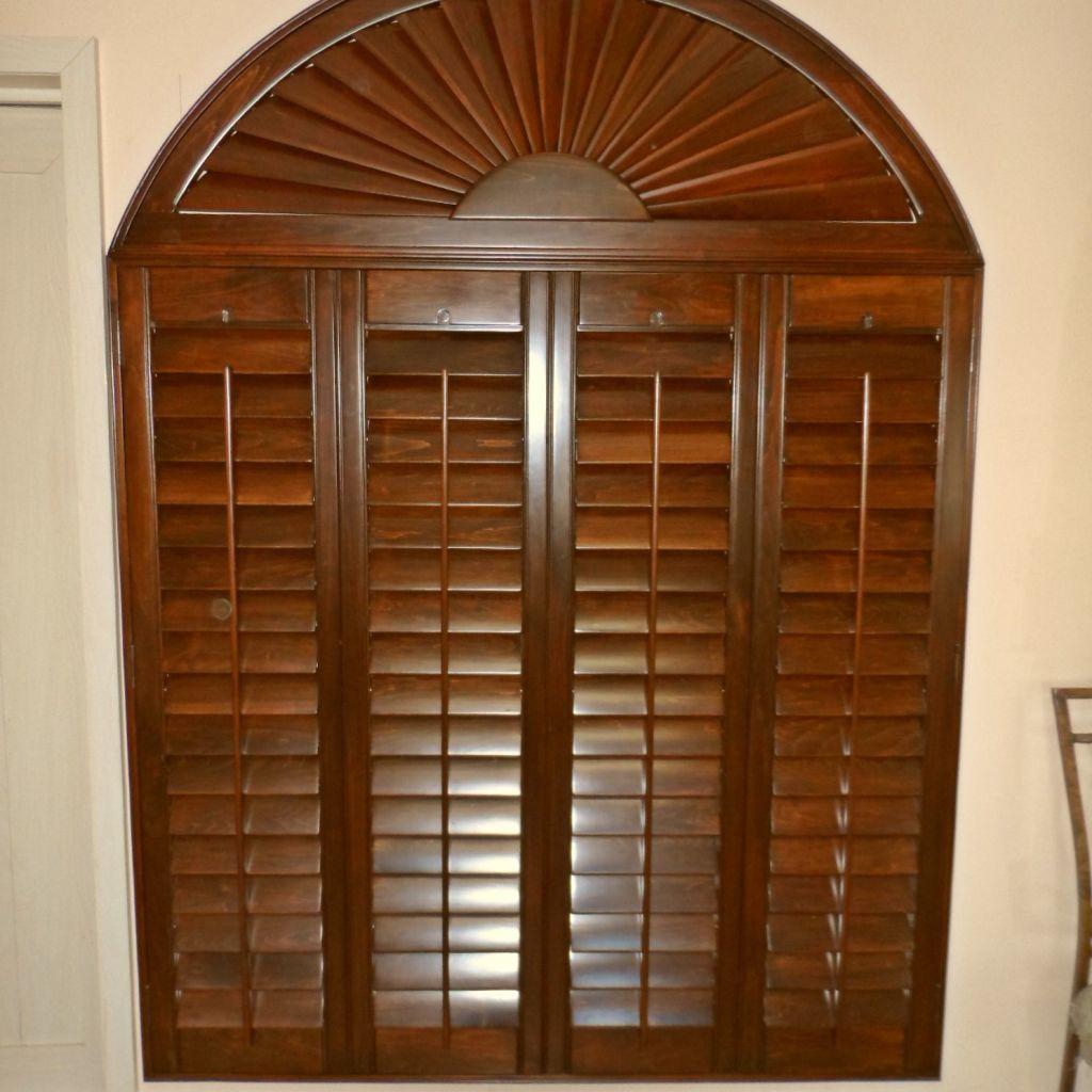 Shutter combinaci n plegable con arco for Arcos de madera para puertas